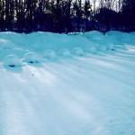 Völker bei Eis und Schnee.